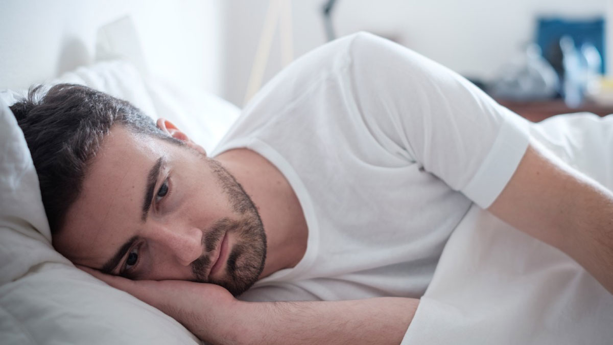 Mioclonie notturne: quando l'ansia ti fa scattare nel sonno